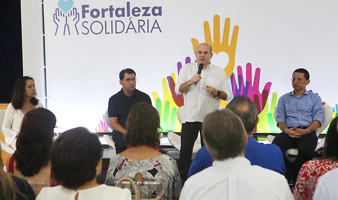 Prefeitura anuncia criação do Programa Fortaleza Solidária