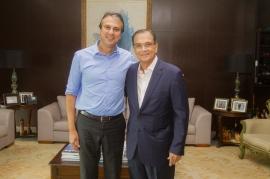 Governo do Ceará entrega Medalha Ivens Dias Branco ao empresário Beto Studart